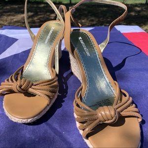 """Naturalizer wedge heel Sandals size 8 M 3"""" heel"""